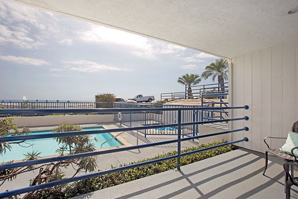 Contemporary, All Other Attached - Carlsbad, CA (photo 3)