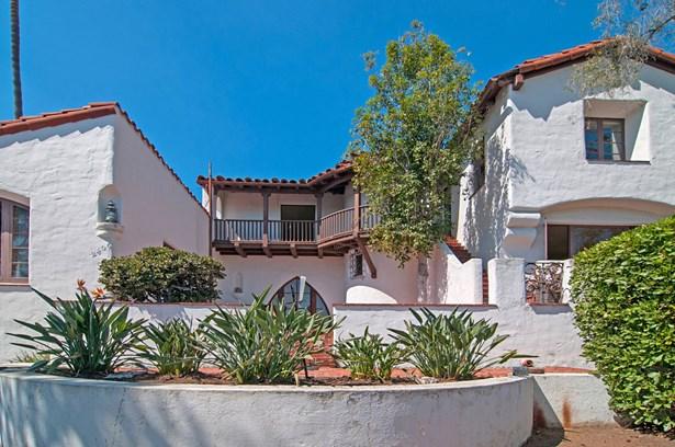 Detached, Mediterranean/Spanish - San Diego, CA (photo 5)