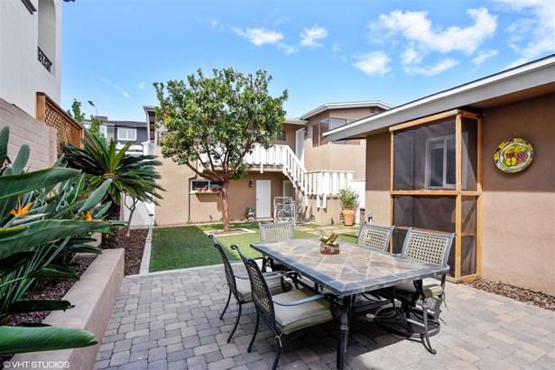 Res Income 2-4 Units - Coronado, CA (photo 3)