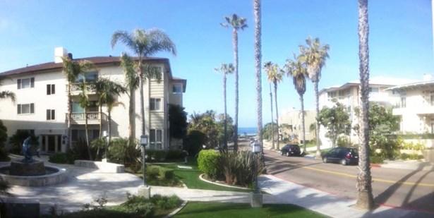 All Other Attached - La Jolla, CA (photo 2)