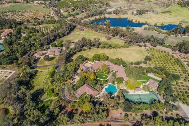 Detached, Custom Built - Rancho Santa Fe, CA (photo 4)