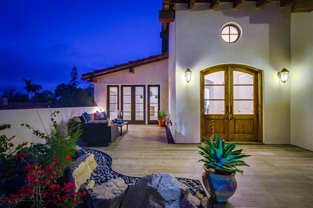 Detached, Custom Built - Rancho Santa Fe, CA (photo 3)