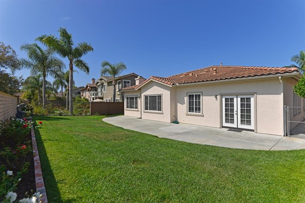 Detached, Mediterranean/Spanish - Carlsbad, CA (photo 2)
