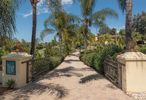 Detached, Monterey/Hacienda/Adobe - Rancho Santa Fe, CA (photo 2)