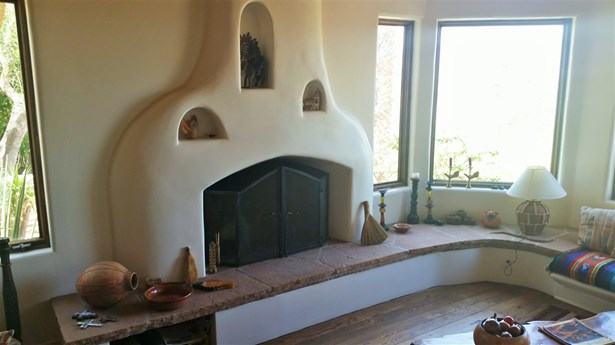 Detached, Custom Built - Borrego Springs, CA (photo 3)