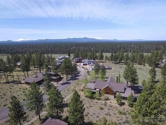 62785 Northwest Sand Lily Way, Bend, OR - USA (photo 5)
