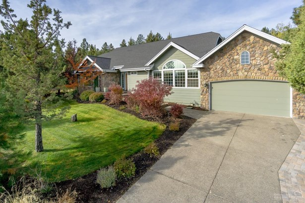 2975 Northwest Lucus Court, Bend, OR - USA (photo 3)