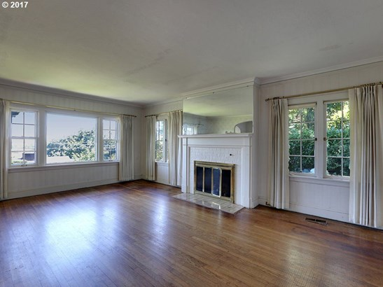 2820 Nw Cornell Rd, Portland, OR - USA (photo 5)