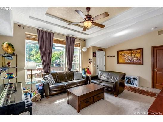 951 W Powell Blvd, Gresham, OR - USA (photo 5)