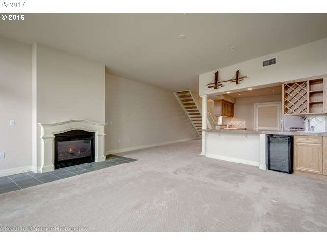905 N Harbour Dr 6, Portland, OR - USA (photo 5)