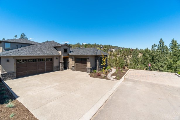 2356 Northwest Majestic Ridge Drive, Bend, OR - USA (photo 2)