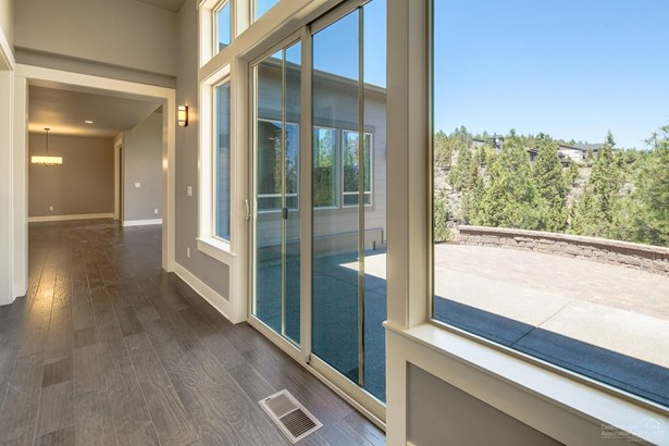 2356 Northwest Majestic Ridge Drive, Bend, OR - USA (photo 5)