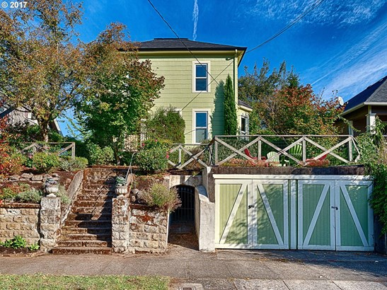 2047 N Sumner St, Portland, OR - USA (photo 1)