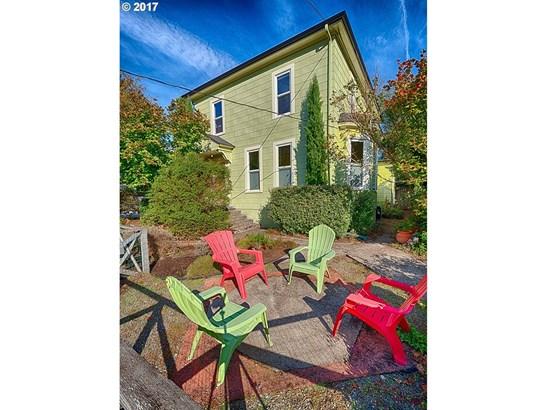 2047 N Sumner St, Portland, OR - USA (photo 2)