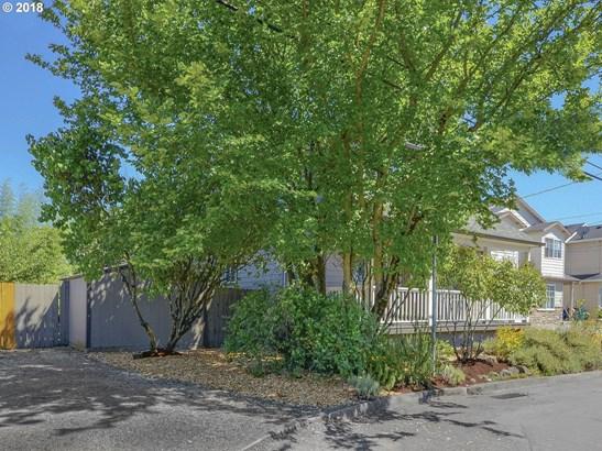 936 Ne 94th Ave, Portland, OR - USA (photo 5)