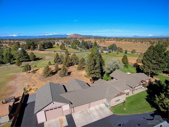21677 Stud Court, Bend, OR - USA (photo 1)