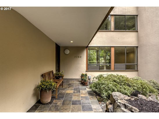 2780 Nw Imperial Ter, Portland, OR - USA (photo 2)