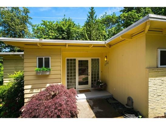 12702 Se Nixon Ave, Milwaukie, OR - USA (photo 2)