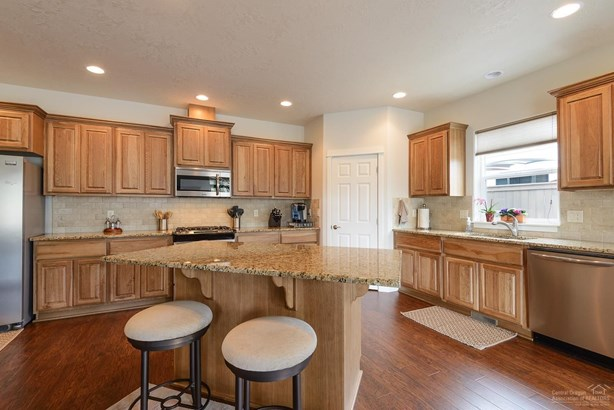 20882 Buffywood Court, Bend, OR - USA (photo 5)