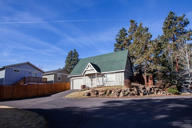 63307 Britta Street, Bend, OR - USA (photo 3)