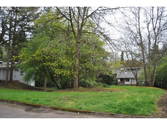 10611 Sw 64th (nt - East Of) Dr, Portland, OR - USA (photo 2)