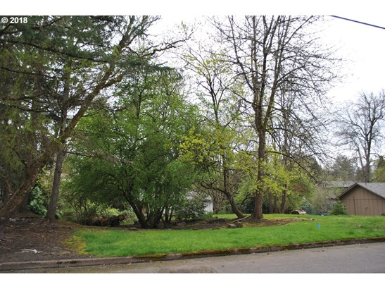 10611 Sw 64th (nt - East Of) Dr, Portland, OR - USA (photo 3)