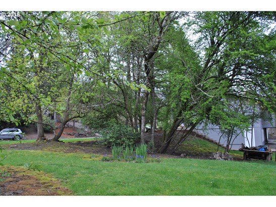 10611 Sw 64th (nt - East Of) Dr, Portland, OR - USA (photo 5)