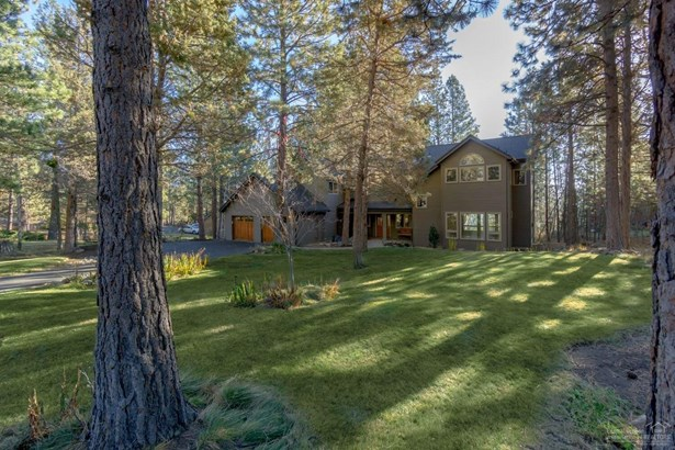 1767 Northwest Glassow Drive, Bend, OR - USA (photo 3)