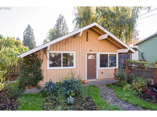 8740 N Hartman St, Portland, OR - USA (photo 3)