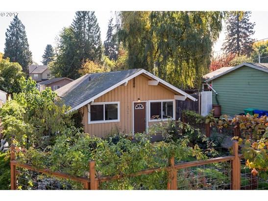8740 N Hartman St, Portland, OR - USA (photo 5)