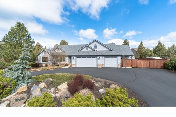 61025 Sky Harbor Drive, Bend, OR - USA (photo 1)