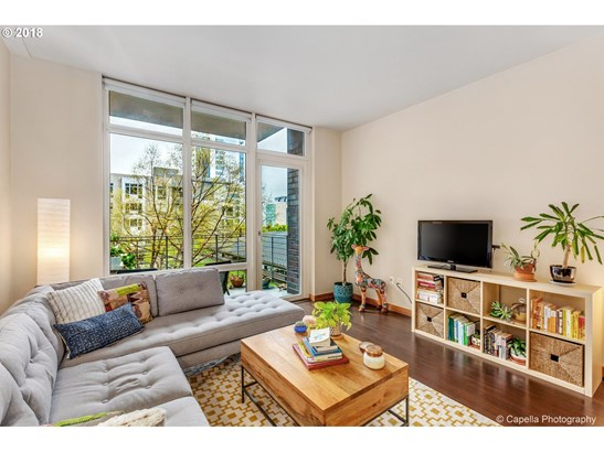 1255 Nw 9th Ave, Portland, OR - USA (photo 3)