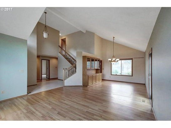 9845 Sw Kable St, Tigard, OR - USA (photo 5)