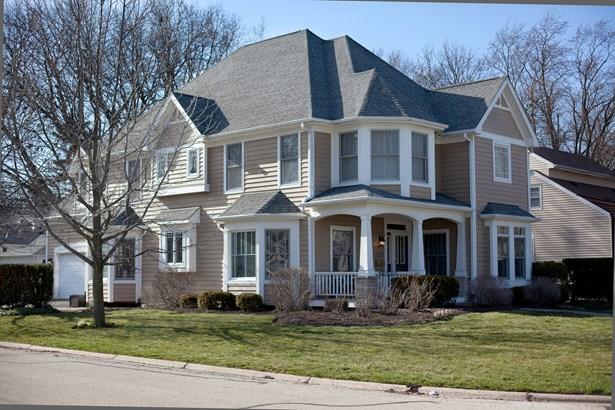 1105 North Main Street, Naperville, IL - USA (photo 1)