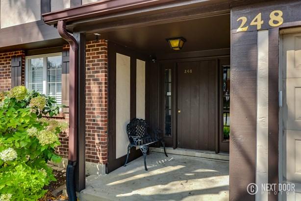 248 Brookside Lane C, Willowbrook, IL - USA (photo 3)