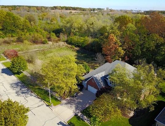 10505 Rothenburg Road, Woodridge, IL - USA (photo 2)