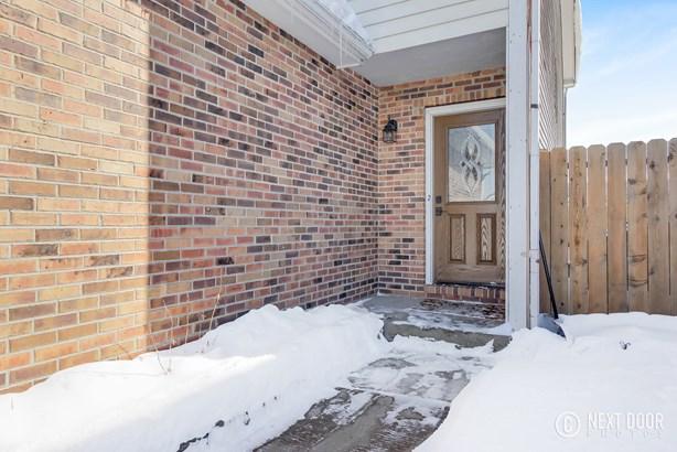 1318 Post Oak Court, Crest Hill, IL - USA (photo 3)