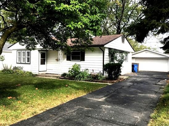 104 Hazard Road, Carpentersville, IL - USA (photo 1)