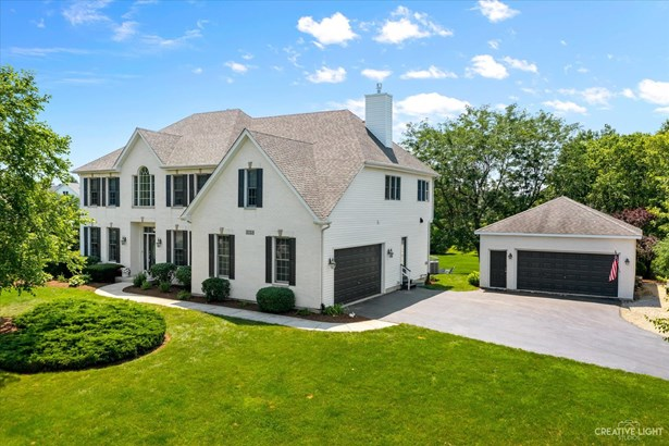 2 Stories, Traditional - Yorkville, IL