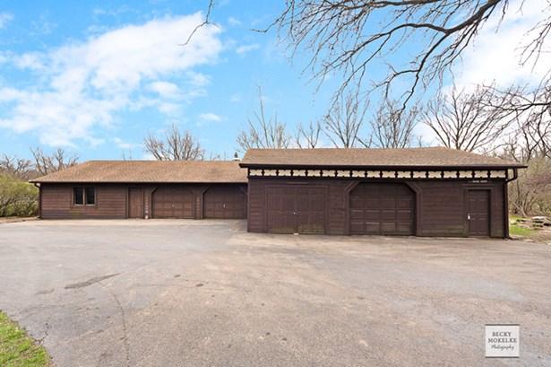 39w647 Deerpath Road, Aurora, IL - USA (photo 2)