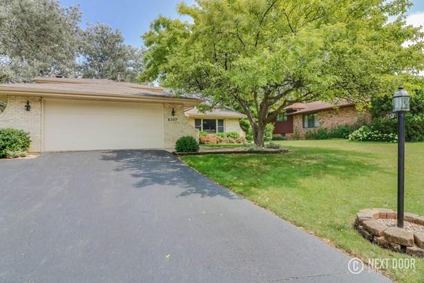 8307 Chelsea Lane, Woodridge, IL - USA (photo 3)