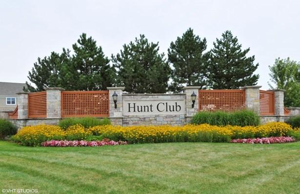 5004 Carpenter Avenue, Oswego, IL - USA (photo 2)