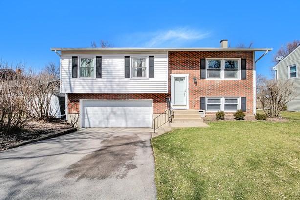 901 Casa Solana Drive, Wheaton, IL - USA (photo 2)