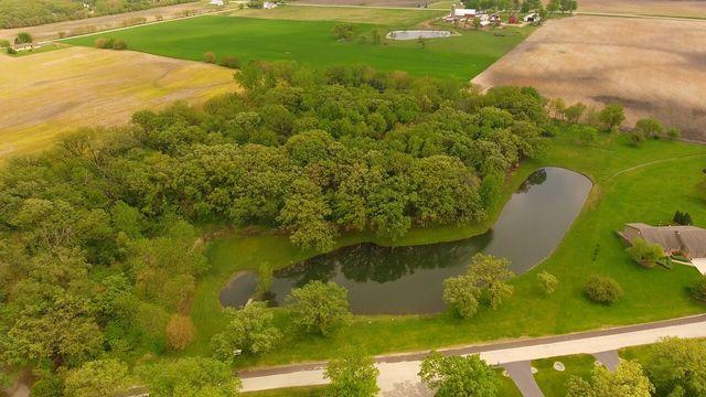 17n129 Oak Grove Drive, Hampshire, IL - USA (photo 1)