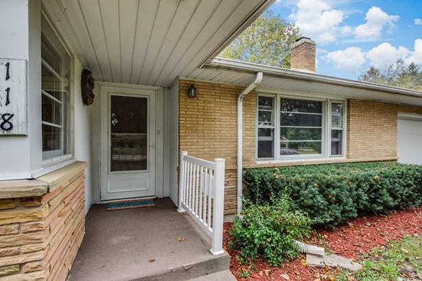 118 Howard Avenue, East Dundee, IL - USA (photo 4)