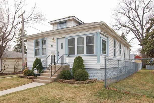 3532 Blanchan Avenue, Brookfield, IL - USA (photo 1)