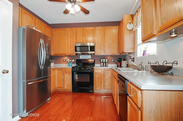 2542 Hartfield Drive, Montgomery, IL - USA (photo 4)