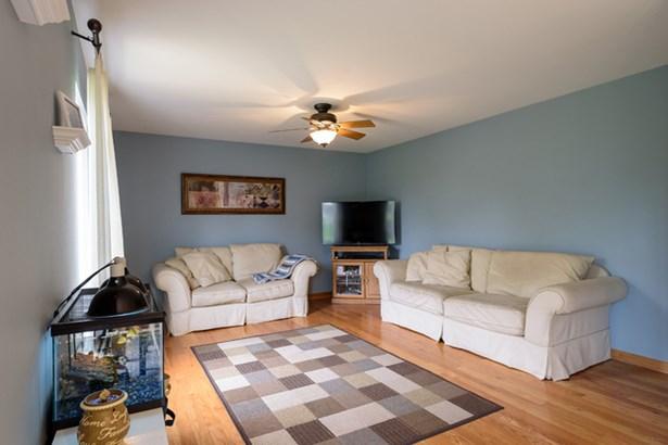 670 Blackhawk Lane, Bolingbrook, IL - USA (photo 4)