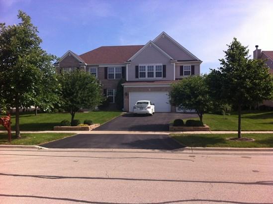 2180 Bartram Road, North Aurora, IL - USA (photo 1)