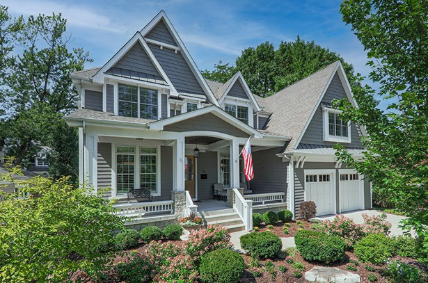 2 Stories, Traditional - Naperville, IL